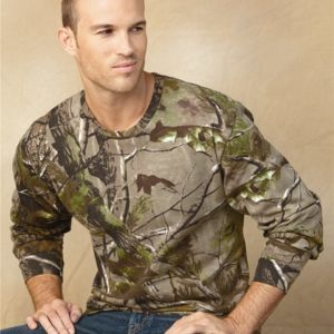 Adult Realtree® Camo Long Sleeve Tee Thumbnail