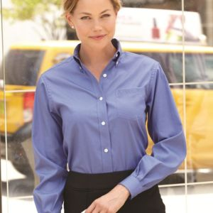Women's Pinpoint Oxford Shirt Thumbnail